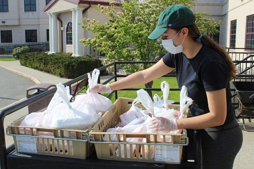 Volunteer for Family Promise of Bergen Count Walk-in Dinner Program